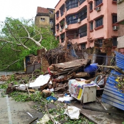CYCLONE HITS BANGLADESH AND INDIA